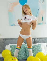 Best Amour Angels Erotic Pics A sporty beauty