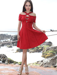 Free Watch 4 Beauty Li Moon Girl In Red